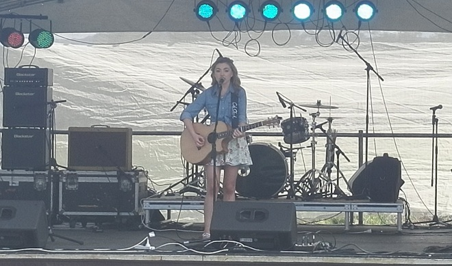 Bridget O'Shannessy Kooralbyn country rock